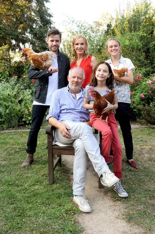 Filme Liebling, lass die Hühner frei Dublado Em Português