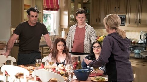 Modern Family - Season 9 - Episode 20: mother!