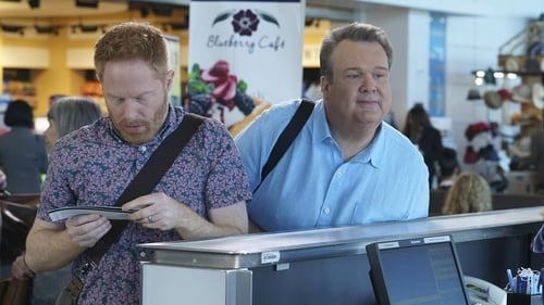 Modern Family - Season 8 - Episode 18: Five minutes