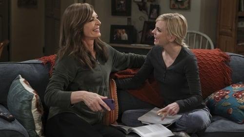 Mom: Season 3 – Episod Caperberries and a Glass Eye