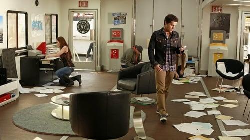 castle - Season 6 - Episode 21: Law & Boarder