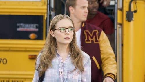Supergirl - Season 3 - Episode 6: Midvale