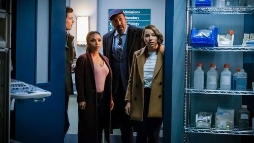 The Flash - Season 5 - Episode 17: Time Bomb