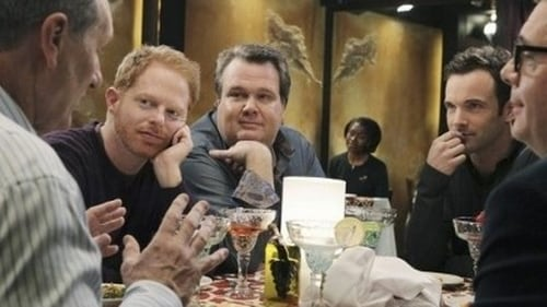 Modern Family - Season 2 - Episode 18: Boys' Night