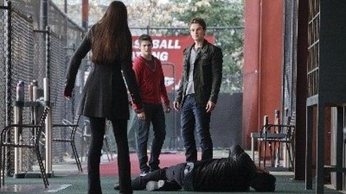 The Vampire Diaries - Season 3 - Episode 19: Heart of Darkness