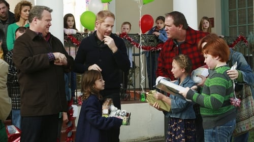 Modern Family - Season 5 - Episode 10: The Old Man & the Tree