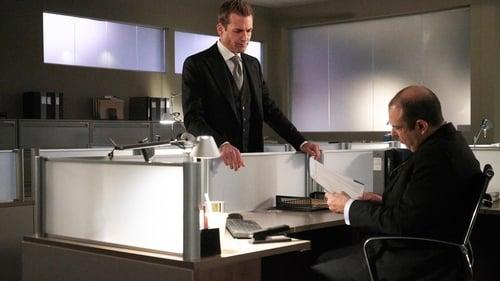 Suits: Season 7 – Episode Pulling the Goalie