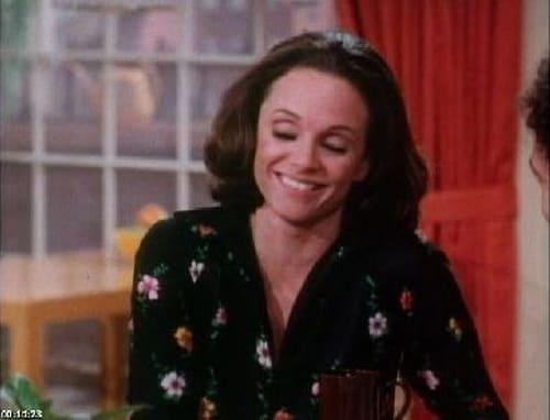 Rhoda: Season 1 – Episode I'm a Little Late, Folks
