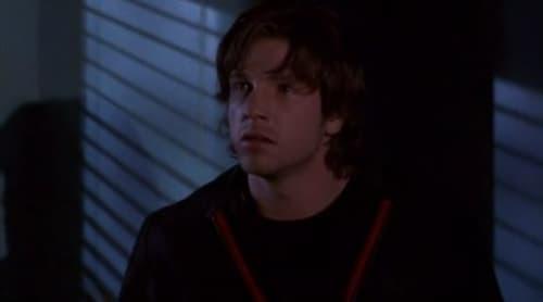 Smallville - Season 1 - Episode 17: Reaper