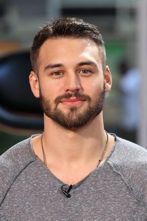 Kép: Ryan Guzman színész profilképe