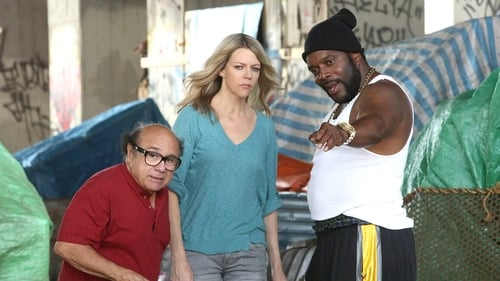 It's Always Sunny in Philadelphia - Season 12 - Episode 1: The Gang Turns Black