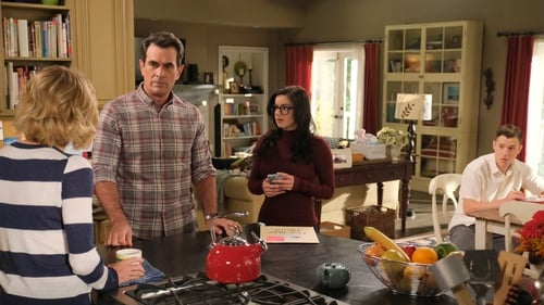 Modern Family - Season 11 - Episode 5: The Last Halloween
