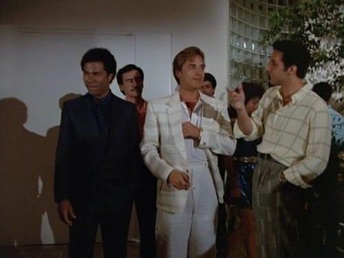 Miami Vice: Season 1 – Episod Rites of Passage