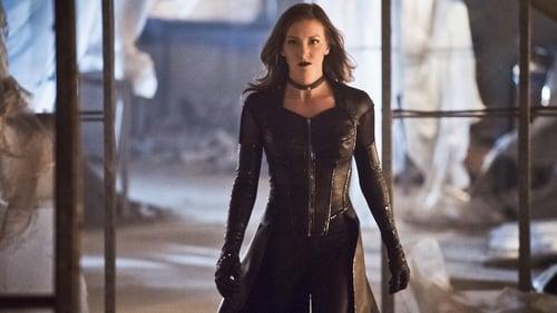 The Flash - Season 2 - Episode 22: Invincible