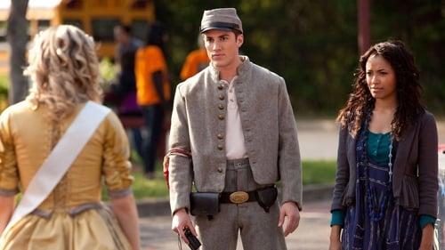 The Vampire Diaries - Season 1 - Episode 22: Founder's Day