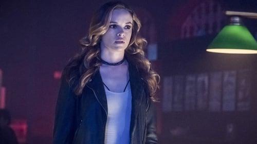 The Flash - Season 4 - Episode 1: The Flash Reborn