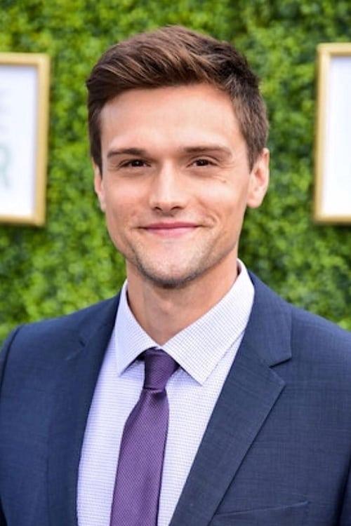 Kép: Hartley Sawyer színész profilképe
