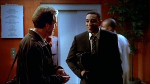 House - Season 1 - Episode 9: DNR