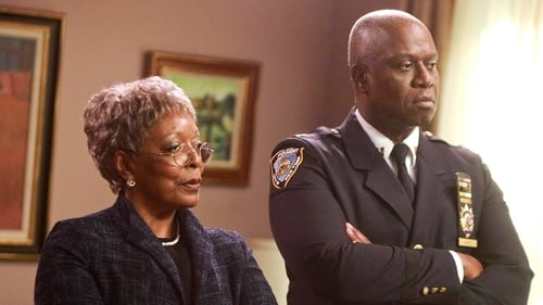 Brooklyn Nine-Nine - Season 4 - Episode 19: 19