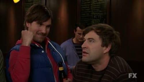 The League 2011 720p Extended: Season 3 – Episode The Guest Bong