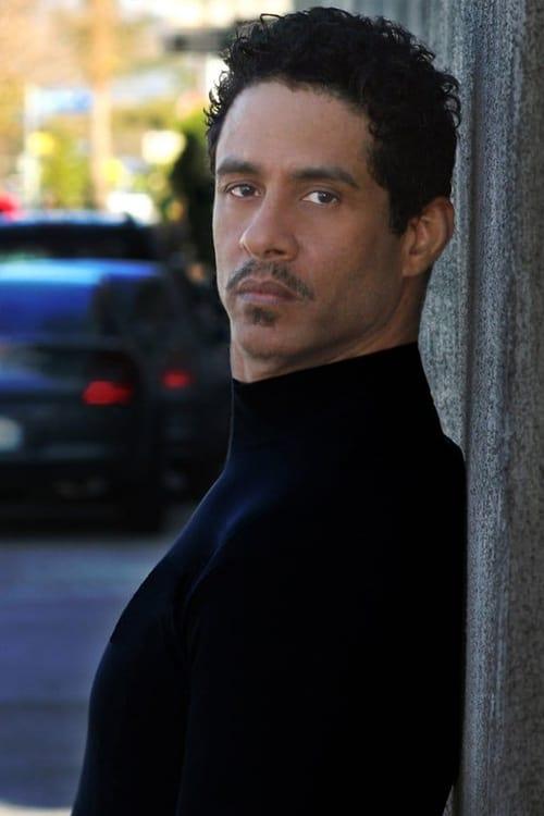 Adolfo Quinones
