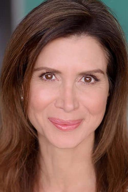 Lara Daans