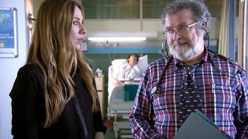 Holby City - Season 16 Episode 47 : The Looking Glass