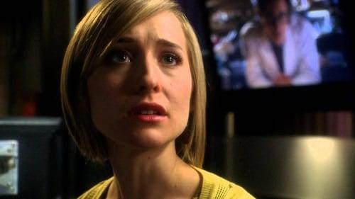 Smallville - Season 8 - Episode 20: beast