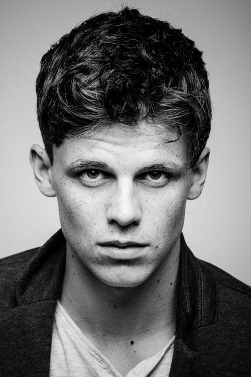 Kép: Ruairi O'Connor színész profilképe