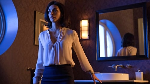 Gotham - Season 1 - Episode 22: All Happy Families Are Alike