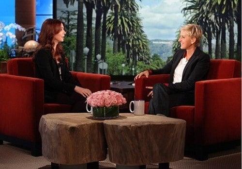 The Ellen DeGeneres Show: Season 9 – Episode Alyson Hannigan, Scotty McCreery, Blake Mycoskie