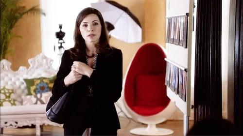 The Good Wife - Season 1 - Episode 2: Stripped