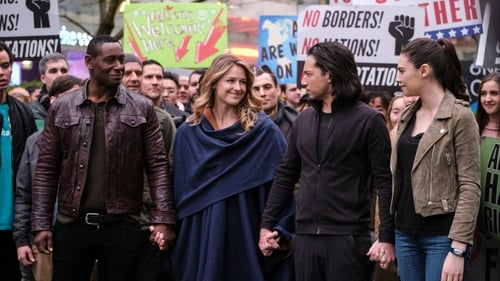 Supergirl - Season 4 - Episode 14: Stand and Deliver