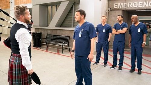 Grey's Anatomy - Season 15 - Episode 13: I Walk the Line