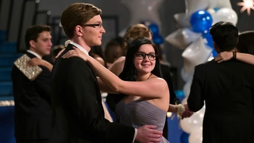 Modern Family - Season 7 - Episode 20: Promposal