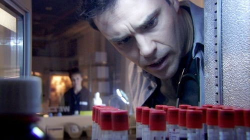 Holby City - Season 14 Episode 21 : Fresh Blood