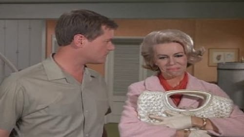 I Dream of Jeannie: Season 2 – Episod One of Our Bottles is Missing