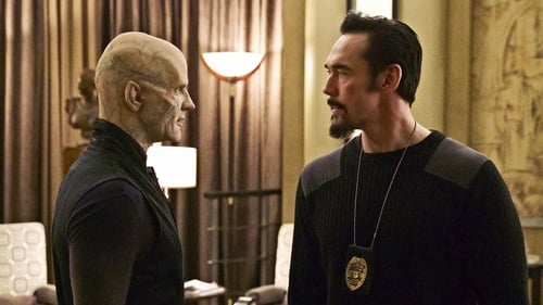 The Strain 2016 Tv Show 300mb: Season 3 – Episode New York Strong