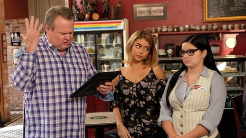 Modern Family - Season 8 - Episode 11: Sarge & Pea