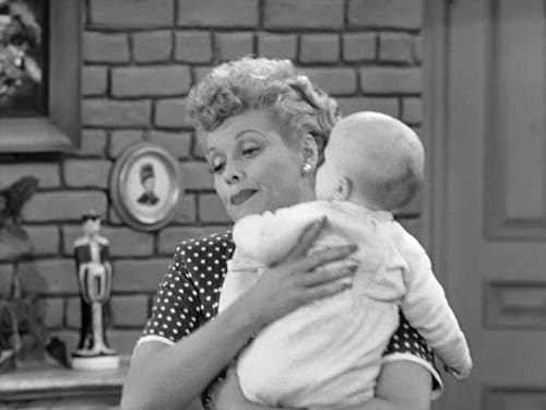 I Love Lucy: Season 2 – Épisode The Ricardos Change Apartments