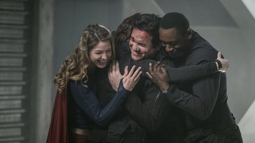 Supergirl: Season 2 – Episod Homecoming