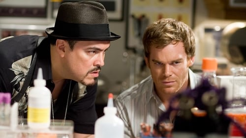 Dexter - Season 1 - Episode 4: Let's Give the Boy a Hand