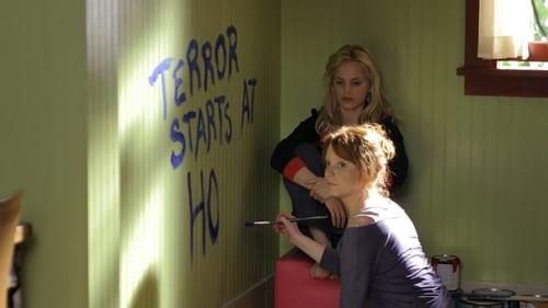 Six Feet Under: Season 4 – Episod Terror Starts At Home