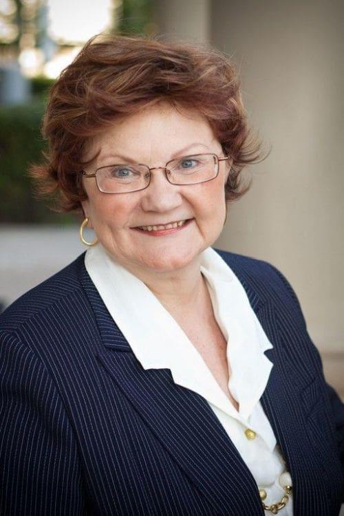 Sharyn Kmieciak