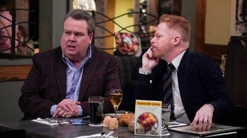 Modern Family - Season 11 - Episode 14: Spuds