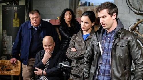 Brooklyn Nine-Nine - Season 6 - Episode 18: Suicide Squad (2)