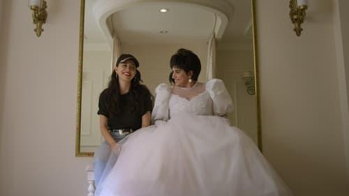 Selena: The Series - Season 1 - Episode 13: Itty Bitty Bubbles