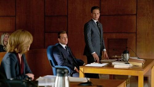 Suits - Season 5 - Episode 15: Tick Tock