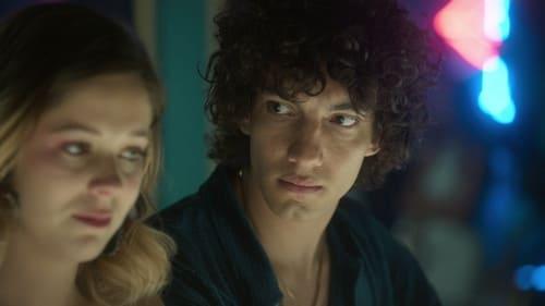 Élite - Season 3 - Episode 3: Cayetana and Valerio