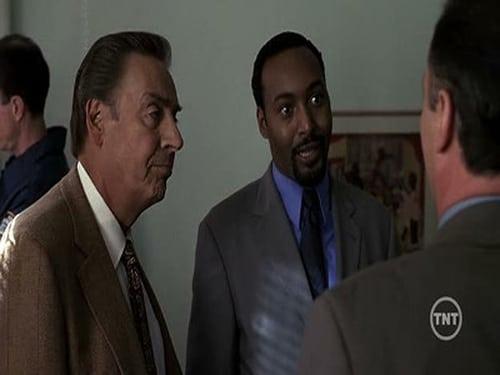 Law & Order: Season 11 – Episod Burn Baby Burn